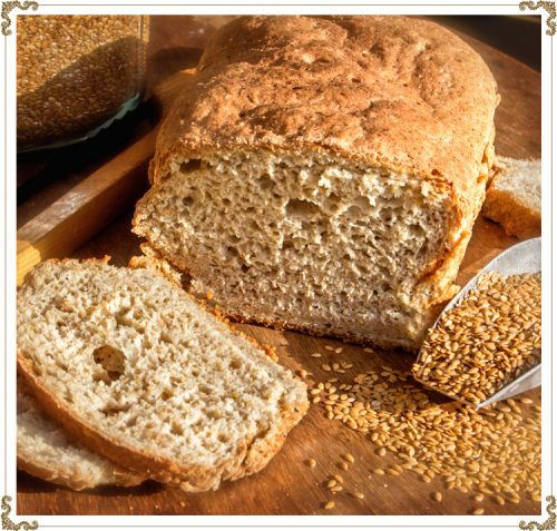 Gluten-free bread is often more dense because without gluten in the dough, the bread rises much less. Another consistency to discover!